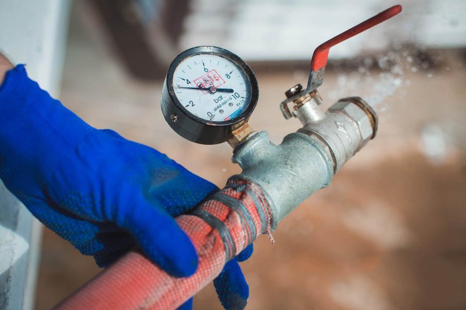 Проверка противопожарного водопровода сроки кто осуществляет